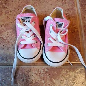 Girl's Pink Converse